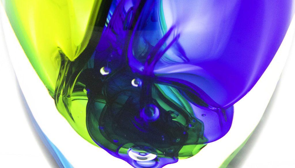 closeupbluegreenvessel